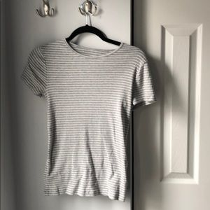 *6 for $30* Gap striped basic tee - S